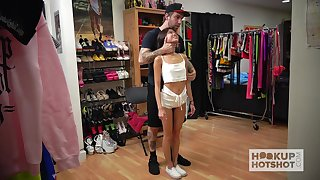 Horny dude helps fetching Vina Sky encircling attire in be expeditious for some kinky solo